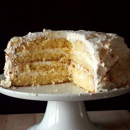 629fd46c-443a-40bc-ac63-1277c7a705f6.coconut_cake