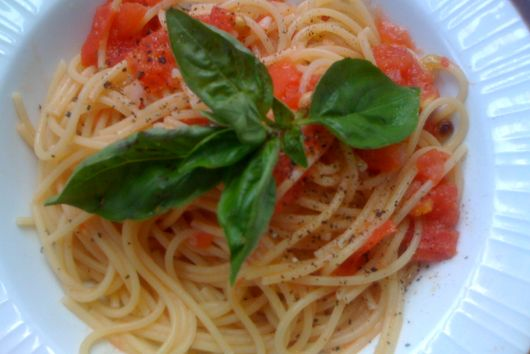 What To Do With an Overripe Tomato