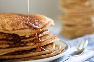 0828cfd2 cc0f 4527 9977 c4594db914ac  graham cracker pancakes
