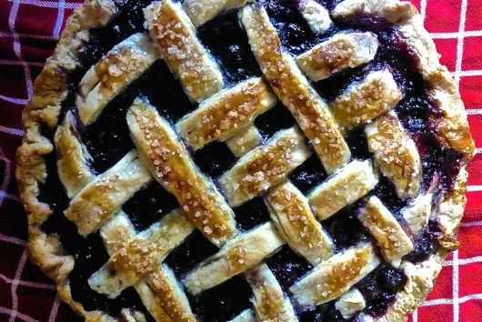 Balsamic Blueberry Pie with Warm Spices