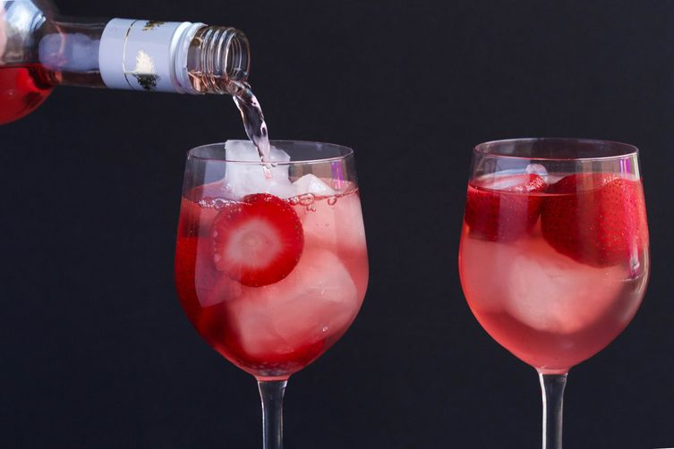 Three-Ingredient Rosé Cocktail