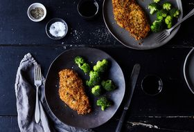 5aff0e03 3d15 4bba 95c8 fa550b9d250c  2017 1003 herbed chicken cutlets with panko and parmesan rocky luten 017
