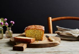 355fc738 2f87 4510 9276 0188b02ddf43  2017 0912 ottolenghi lemon poppyseed loaf cake bobbi lin 2411