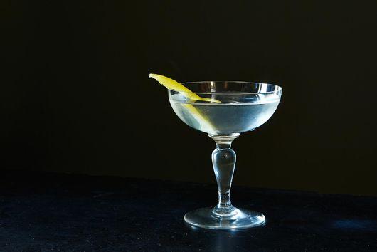 How to Make a Vesper Martini