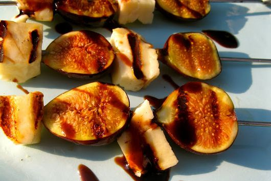 Grilled Figs and Halloumi