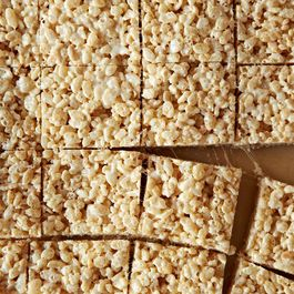 3e0eb919 d1e9 4ee0 8425 9fc80d86c721  2013 0903 not recipes rice krispies treats 230