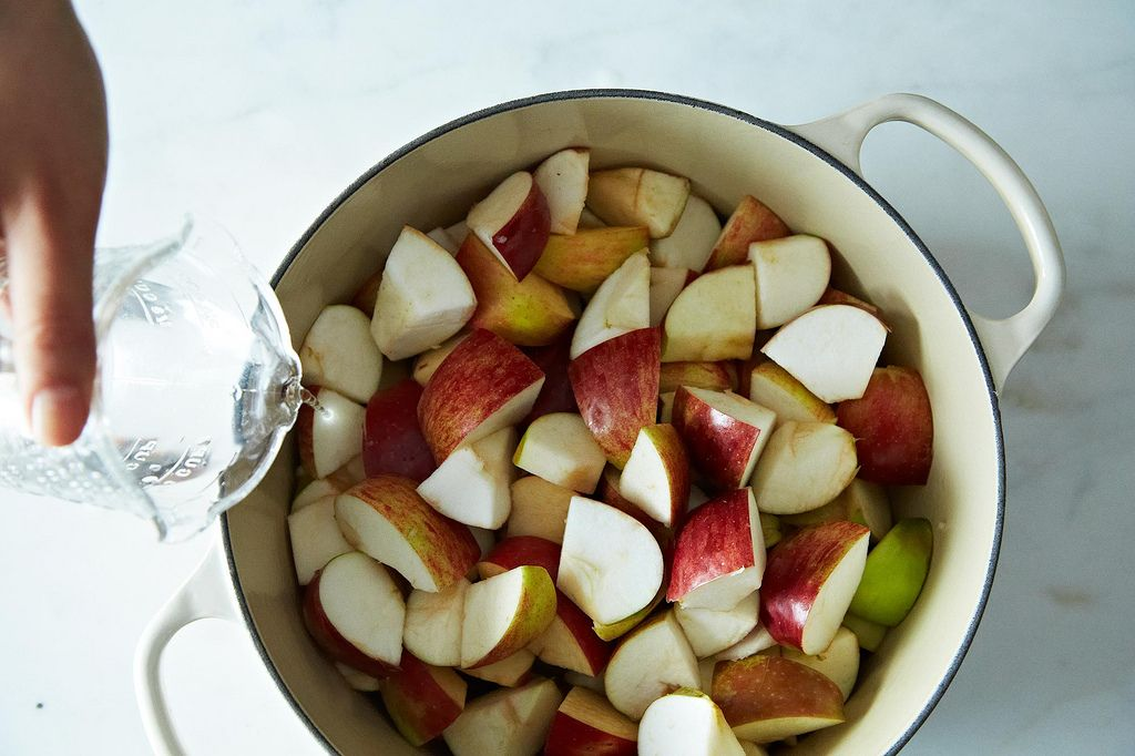 How to Make Applesauce in 5 Steps
