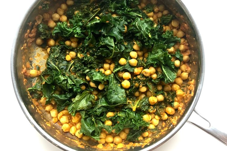 Kale & Chickpea Curry