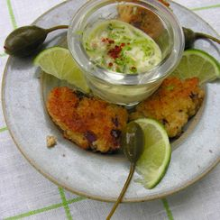 """Tequila lime """"maioli"""" with golden panko crab cakes"""