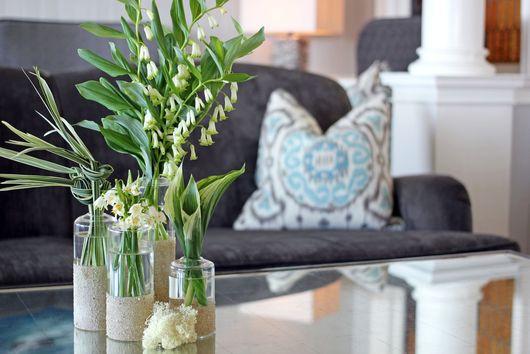 Make This Quick DIY Vase for A Seaside-Inspired Brunch