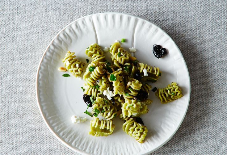 How to Make Pasta Salad without a Recipe