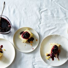 83669cbd-d9ed-42e0-be11-814240ba8ff4--2015-0911_summer-corn-semifreddo-with-rosemary-shortbread-crust-and-blueberry-compote_james-ransom-018
