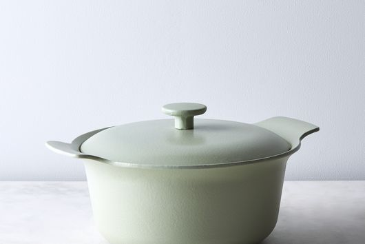 Modern Cast Iron Covered Round Casserole, 4.4QT