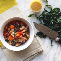 Chickpea, Tomato and Quinoa Stew with Cinnamon and Golden Raisins