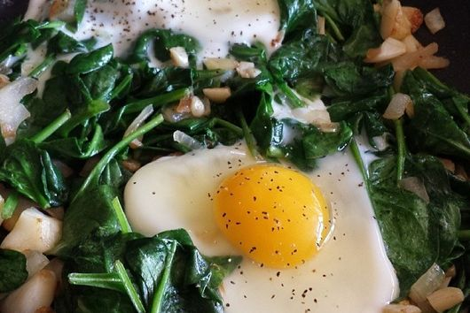 Eggs & Garlic Spinach