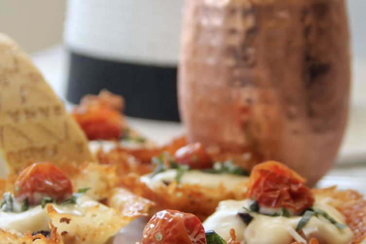 "Kentucky Derby Mini-Hot Browns in Grana Padano Frico ""Hats"""
