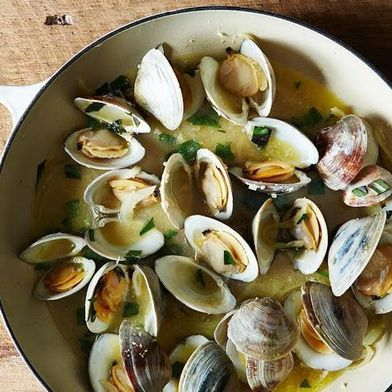 13 Clam Recipes to Make You Happy as a You-Know-What