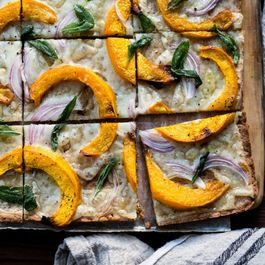 F103dbee-bdc0-44c5-a3b1-ec70d41d4fb5--pumpkin-flatbread-pizza-with-gruyere-and-crispy-sage-gluten-free-16-1024x683