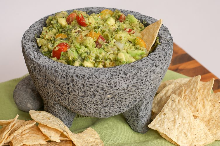 Charred and Grilled Vegetable Guacamole