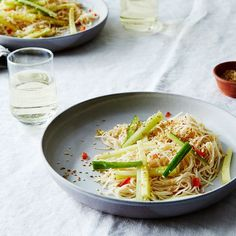Simple Sesame & Garlic Noodles