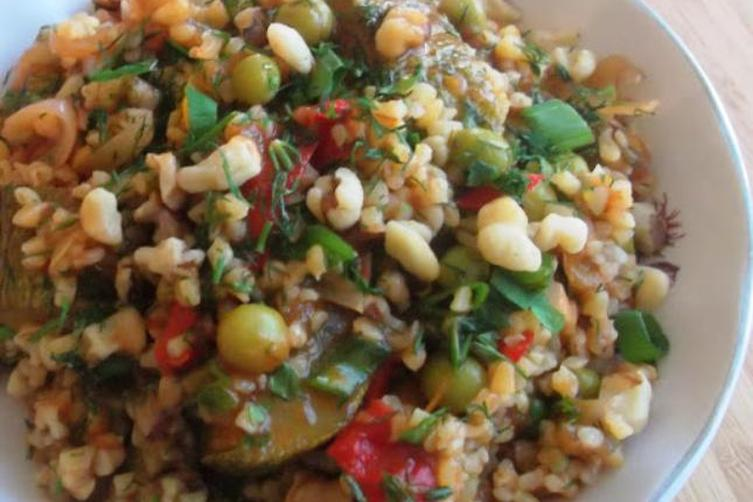 Double Yummy Combination of Two Classics ( Ratabbouleh)