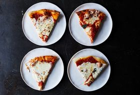 7b10450e 876a 4631 8fef 65f283c75fd7  2017 0606 baking pizzas side by side test julia gartland 211