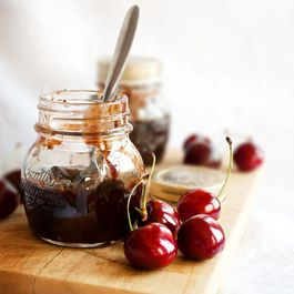 C8e3c944-f9c8-4ffa-b9bb-31e93eef5273.cherry_chocolate_preserve2food