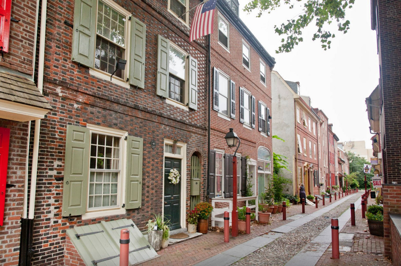 The oldest street in America, in Philadelphia.