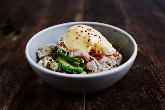 Savory Oatmeal with Ham, Poached Eggs, and Hollandaise Sauce