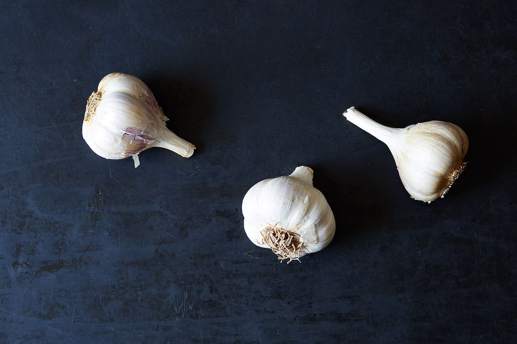 How to Buy and Use Garlic