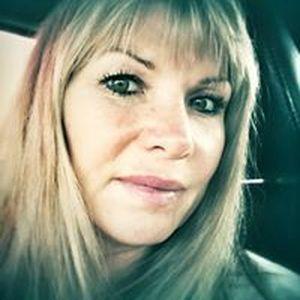 Laura Lee Leslie Wikeruk