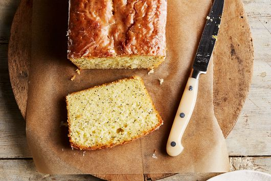 Lemon & Poppy Seed Cake (National Trust Version)
