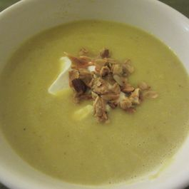 61f27970 0d9f 4315 aec0 9e5d0c73896b  roasted garlic cauliflower lentil soup