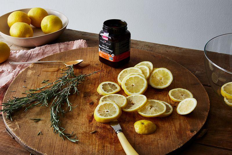 Lemon + rosemary + manuka honey in tonic = <3.