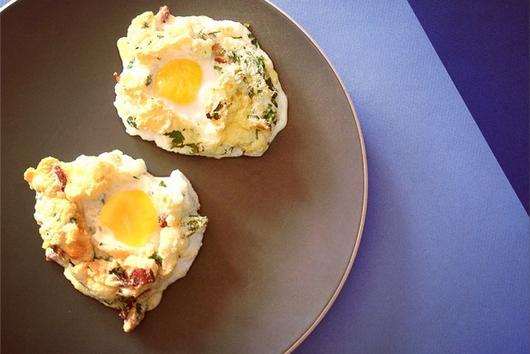 Eggs in a bacony cloud