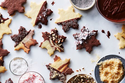 Super-Easy Cut-Out Cookies & How to Give Them a Lil' Pizzazz