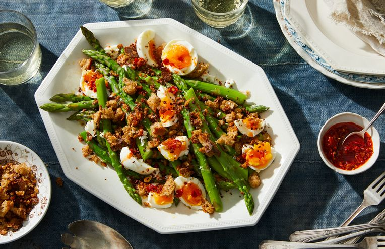 A 5-Ingredient Dinner to Kick Off Asparagus Season Right