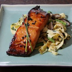 Sake Glazed Salmon with Garlic Chive Egg Noodles