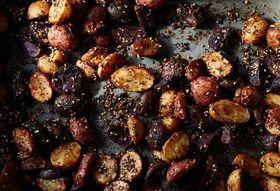 0fec113a bb30 464d b9e9 9b25a33d7c8e  2016 1025 roasted potatoes with homemade zaatar mark weinberg 240