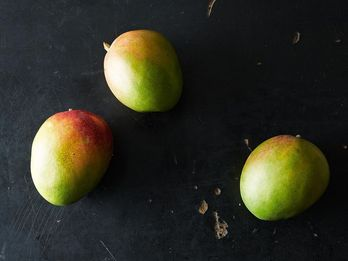 When Green Mangoes Are Hard to Find, Try This Substitute