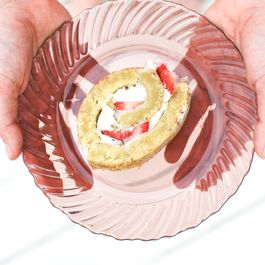 8579d215 d0cf 44b4 8910 cb3a230b9197  strawberry swiss roll 6