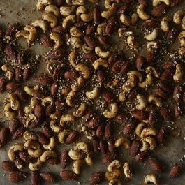 Everything Bagel Spiced Nuts