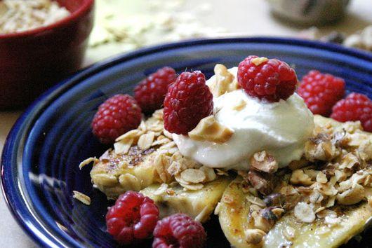 Caramelized Bananas With Yogurt and Berries