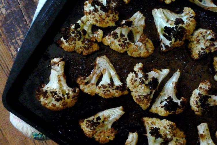 Spicy Roasted Cauliflower with Lemon