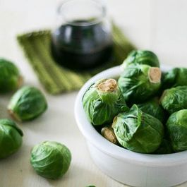 Brussels sprouts by Miss Vermeer