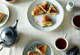76c34dfb 1926 43e3 be32 d0dfdaa87ac2  2015 0505 filled georgian khachapuri cheese bread james ransom 044