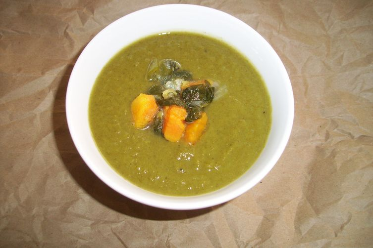 Leek, spinach and sweet potato soup