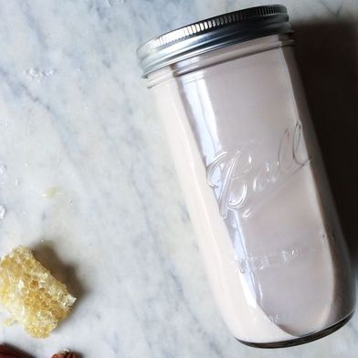 How to Make Pecan Milk from Scratch