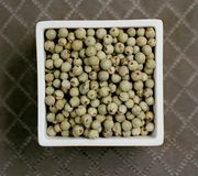6919789d-72c4-4271-a3fa-d9487c1bf65e--green_peppercorns