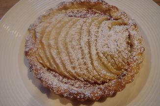 91a3597f-da54-418f-9d16-72ed4bf19cf9.quince_and_apple_pie